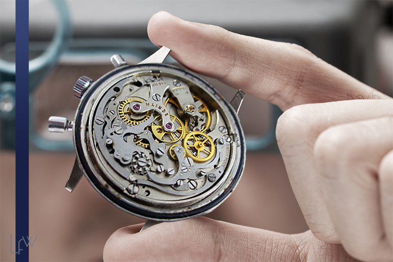 How to Buy A Vintage Timepiece Like a Watch Dealer